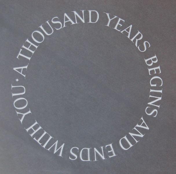 headstone circular epitaph