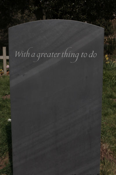 epitaph on reverse of headstone